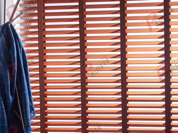 你知道百叶窗的正确闭合方法是什么吗?